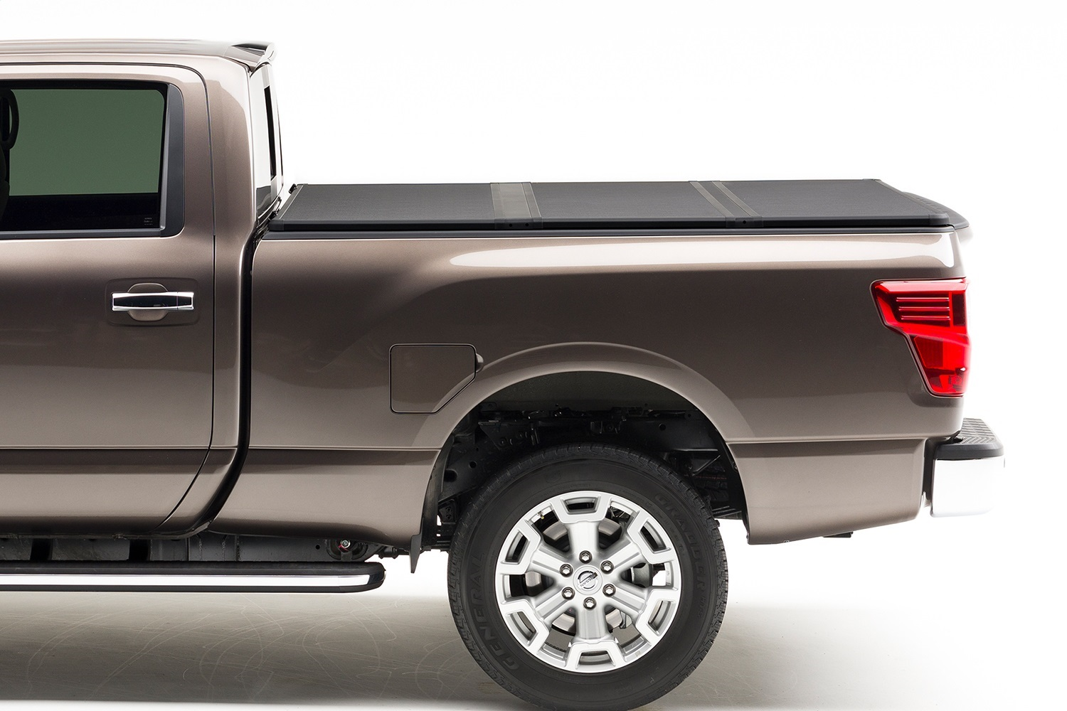 Extang 83985 Solid Fold 2.0 Tonneau Cover